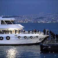 Istanbul, Turkey 18 February 2008 <br /> A passenger's ferry docking at Eminonu port.<br /> Photo: Ezequiel Scagnetti