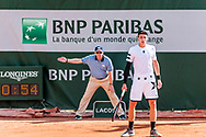 Line referee and Ilya Ivashka (blr) Ambiance during the Roland Garros French Tennis Open 2018, Preview, on May 21 to 26, 2018, at the Roland Garros Stadium in Paris, France - Photo Pierre Charlier / ProSportsImages / DPPI