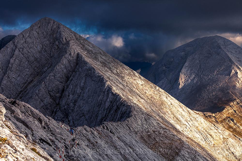 Dangerous mountain ridge between the peaks