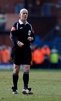 Photo: Daniel Hambury.<br />Crystal Palace v Leeds United. Coca Cola Championship. 04/03/2006.<br />Referee Dermot Gallagher.