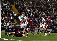 Photo: Mark Stephenson/Sportsbeat Images.<br /> West Bromwich Albion v Scunthorpe United. Coca Cola Championship. 29/12/2007.West Brom's Robert Koren (no 7) scores for 2-0