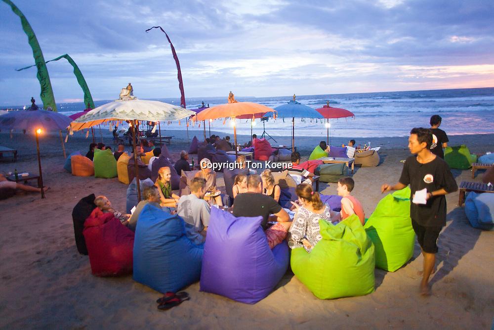 Seminyar (bali) is a popular holiday destination.