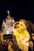 Wedding party, La Parroquia, Church of St. Michael the Archangel, San Miguel de Allende, Guanajuato, Mexico, mexican