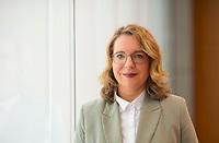 DEU, Deutschland, Germany, Berlin, 02.05.2019: Portrait von Prof. Dr. Claudia Kemfert, Leiterin der Abt. Energie, Verkehr, Umwelt am Deutschen Institut für Wirtschaftsforschung (DIW).