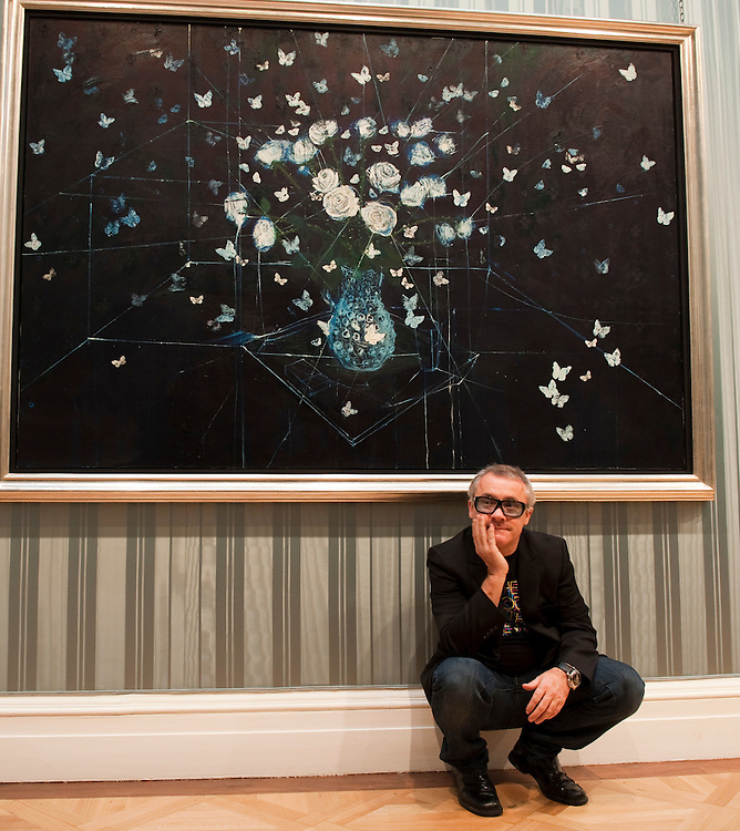 London October 13  Damian Hirst in front of White Roses and Butterflies while he attends the launch of 'No Lost Love' at The  Wallace Colection in London opening October 14th...***Agreed Fee's Apply To All Image Use***.Marco Secchi /Xianpix. tel +44 (0) 771 7298571. e-mail ms@msecchi.com .www.marcosecchi.com