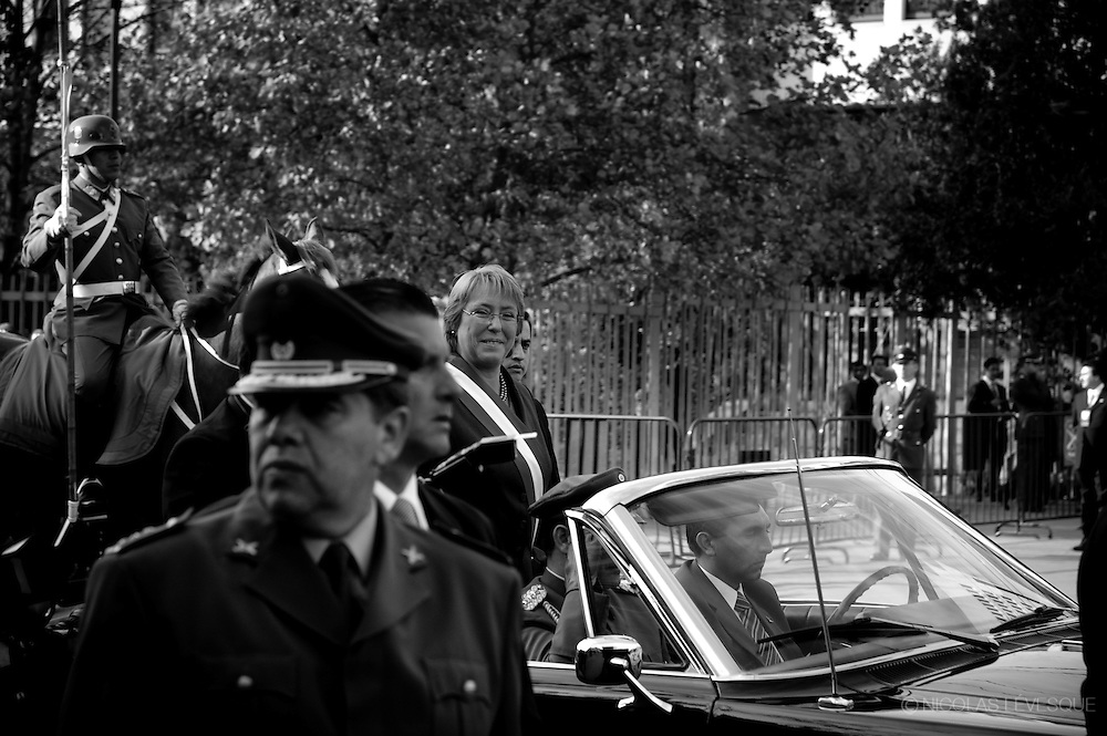 Jour du discours présidentiel. President's speach day. Manifestations au Chili. 2007