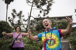 September 4, 2017 - Laguna Beach, CA, USA - Jeffrey Briar, Laughter Yoga Institute master trainer, entertains and encourages laughter at the Laguna Beach Exchange Club Pancake Breakfast. The fundraiser, in its 40th year, was held at Heisler Park in Laguna Beach on Labor Day, Mon. Sept. 4. First responders, lifeguards, firefighters, police and local dignitaries flip pancakes for the community. (Credit Image: © Cindy Yamanaka/The Orange County Register via ZUMA Wire)