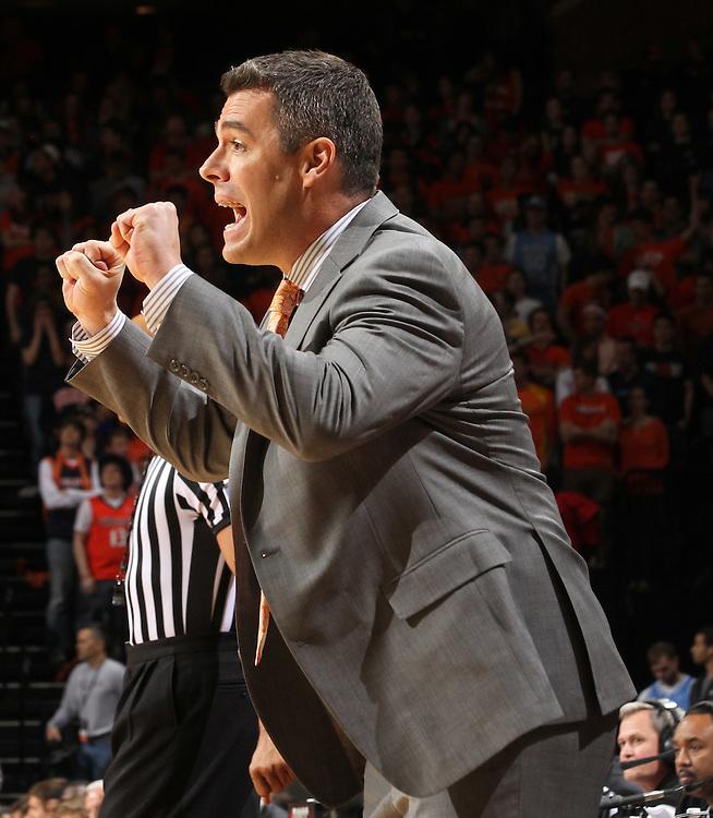 Virginia Cavaliers head coach Tony Bennett calls a play during the game against North Carolina in Charlottesville, Va. North Carolina defeated Virginia 54-51.