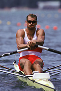 Atlanta, USA,  CAN M1X Derek PORTER, moves away from the start, at the 1996, Olympic Rowing Regatta at Lake Lanier, Gainsville Georgia,  [Photo Peter Spurrier/Intersport Images]