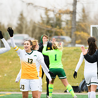 5th year midfielder Shayla Kapila (13) of the Regina Cougars in action during the Women's Soccer home game on October 21 at U of R Field. Credit: Arthur Ward/Arthur Images