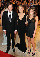 Kevin Bacon and Kyra Sedgewick arrive for the White House Correspondents Dinner in Washington, DC