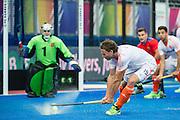 The Netherlands Bob de Voogd shoots. Russia v The Netherlands - Unibet EuroHockey Championships, Lee Valley Hockey & Tennis Centre, London, UK on 25 August 2015. Photo: Simon Parker