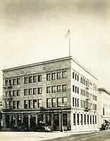 1924 Federal Trust & Savings Bank on SE corner of Hollywood Blvd. & Highland Ave.