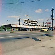 Y-600624-10. Gene's Drive-In, 1030 NE 82nd., between Hassalo & Holladay, now Taco Time. June 24, 1960