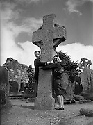 06/04/1959<br /> 04/06/1959<br /> 06 April 1959<br /> Danes, Swedes and Germens on a sightseeing tour of Co. Wicklow.