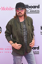Billy Ray Cyrus at 2017 Billboard Music Awards held at T-Mobile Arena on May 21, 2017 in Las Vegas, NV, USA (Photo by Jason Ogulnik) *** Please Use Credit from Credit Field ***