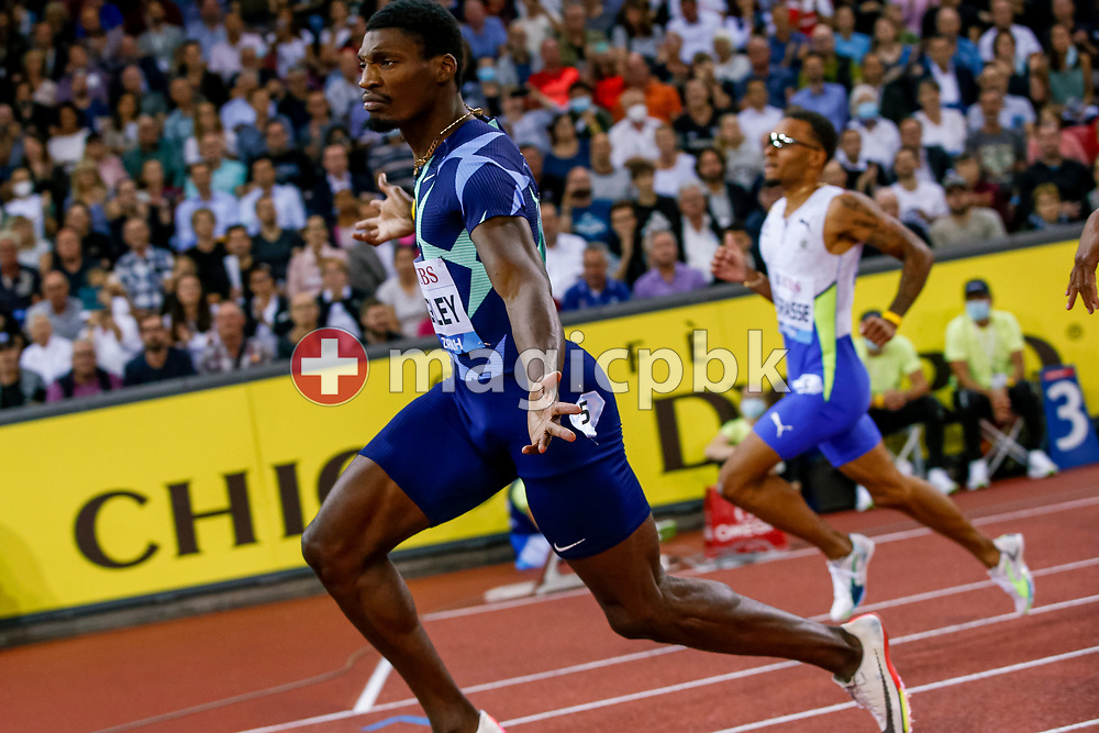 Fred Kerley (L) of the United States celebrates after winning the 100m Men during the Iaaf Diamond League meeting (Weltklasse Zuerich) at the Letzigrund Stadium in Zurich, Switzerland, Thursday, Sept. 9, 2021. (Photo by Patrick B. Kraemer / MAGICPBK)