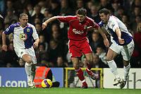 Photo: Paul Thomas/Sportsbeat Images.<br /> Blackburn Rovers v Liverpool. The FA Barclays Premiership. 03/11/2007.<br /> <br /> Blackburn's David Dunn (L) and Brett Emerton (R) try to stop Liverpool's Steven Gerrard.