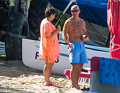 West Brom's manager Tony Pulis is spotted on the beach - 8 Nov 2017