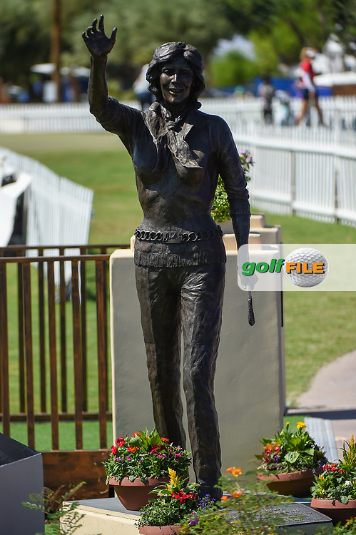 The Dinah Shore statue stands near the green on 18 during the preview of the 2020 ANA Inspiration, Mission Hills C.C., Rancho Mirage, California, USA. 9/9/2020.<br /> Picture: Golffile | Ken Murray<br /> <br /> All photo usage must carry mandatory copyright credit (© Golffile | Ken Murray)
