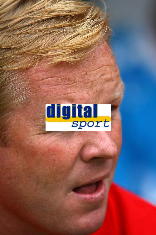Photo: Andrew Unwin.<br />Newcastle United v PSV Eindhoven. Pre Season Friendly. 29/07/2006.<br />PSV's coach, Ronald Koeman.