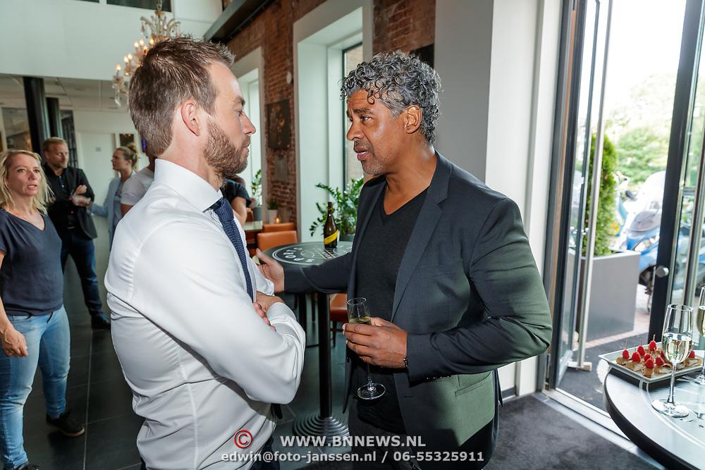 NLD/Amsterdam/20180511 - Boekpresentatie Henri Schut genaamd Topfit, Henri Schut en Frank Rijkaard