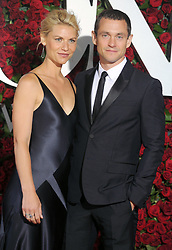 Claire Danes, Hugh Dancy attend the 70th Annual Tony Awards at The Beacon Theatre on June 12, 2016 in New York City, NY, USA. Photo by Dennis Van Tine/ABACAPRESS.COM  | 550772_091 New York City Etats-Unis United States