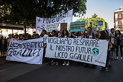 May 24, 2019 - Palermo, Sicily, Italy - Students demonstrate during the Fridays for Future - climate strikes for the implementation of the Paris World Climate Agreement in Palermo, Italy, on 24 May 2019...After meeting in front of the Teatro Massimo in Palermo, about a thousand people traveled via Maqueda and Corso Vittorio Emanuele to Piazza del Parlamento, where the presidency building of the Sicilian region is located, Palermo, May 24, 2019  (Credit Image: © Francesco Militello Mirto/NurPhoto via ZUMA Press)
