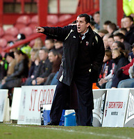 Photo: Leigh Quinnell.<br /> Brentford v Huddersfield Town. Coca Cola League 1. 21/01/2006. Brentford boss Martin Allen on the touch line.