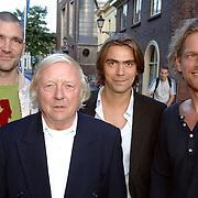 NLD/Utrecht/20061001 - Premiere tv serie circus Waltz, Aart Staartjes, Koen Wouterse, Theo Maassen en Barry Atsma