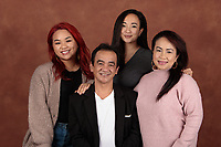 A family portrait session with the Mastinggal family on December 28, 2020
