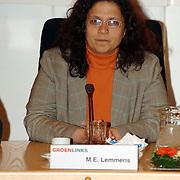NLD/Huizen/20060403 - Installatie nieuwe burgemeester Frans van Gils gemeente Huizen, Groenlinks raadslid M.P. Lemmens