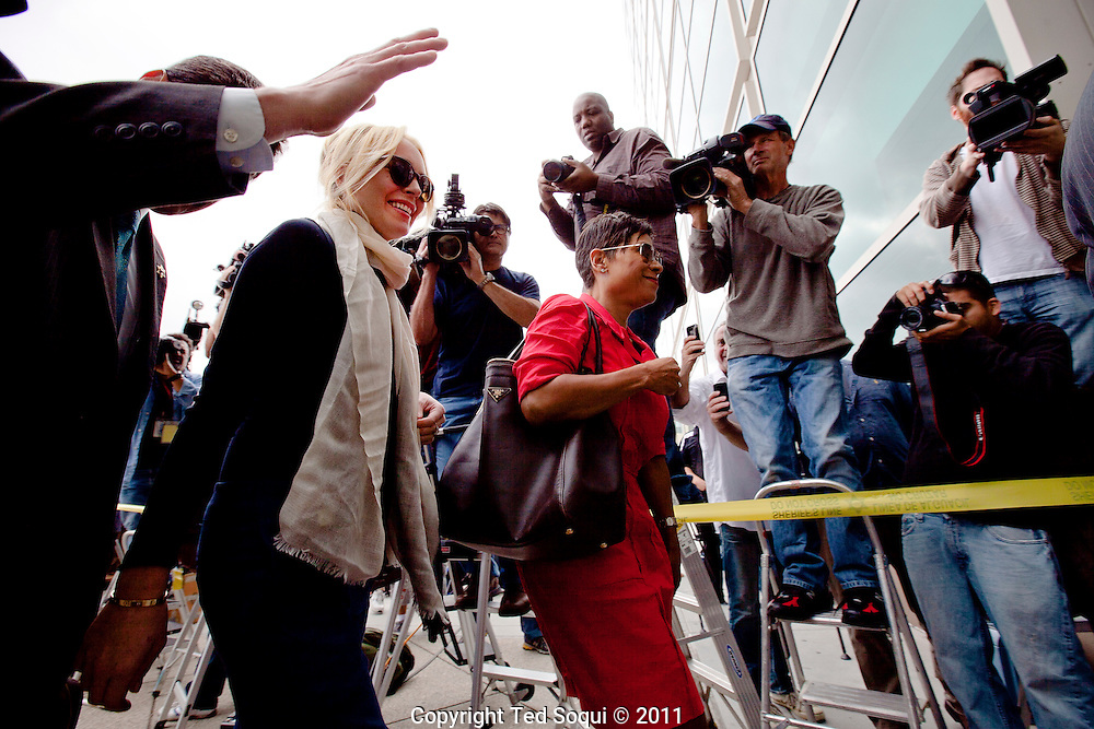 Lindsay Lohan arrives to the Superior Court of L.A. Airport Branch. A judge will decide if Lohan's case will go to trial. Lohan is accused of stealing a necklace from a jewelry store, she claims it was on loan and a big misunderstanding.
