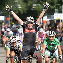 Sportfoto archief 2006-2010<br /> 2010<br /> Kirsten Wild (Cervelo) wins in Diepenheim the 4th stage of the Profile Ladies Tour. Marianne Vos (Nederland Bloeit) 2nd and Giorgina Bronzini (Merida-Gauss mix) 3rd