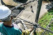 travaux aériens et de raccordement à Ramasse sur des lignes électrique (AIN), pour le SIEA (Syndicat Intercommunal d'Eléctricité de l'Ain)