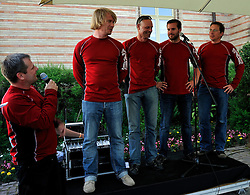 Stefen Meister introduces his team at the opening ceremony. Photo: Chris Davies/WMRT