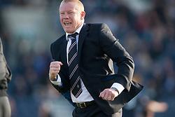 Falkirk's manager Gary Holt cele Kris Faulds scoring their goal. Raith Rovers 1 v 1 Falkirk, Scottish Championship 28/9/2013.<br /> ©Michael Schofield.