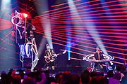 Musikalischer Auftritt der Ehrlich Brothers bei der «Silvestershow 2019» mit Jörg Pilawa & Francine Jordi. Baden-Arena, Messe Offenburg.