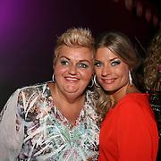 Medium Anita, Esther Pierweijer