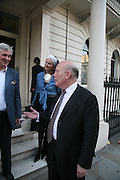 Lady Kitchener-Fellowes and Julian Fellowes, Book launch for 'Shark Infested Waters' by Michael Whitehall. Belgrave Sq. London. 12 June 2007.  -DO NOT ARCHIVE-© Copyright Photograph by Dafydd Jones. 248 Clapham Rd. London SW9 0PZ. Tel 0207 820 0771. www.dafjones.com.