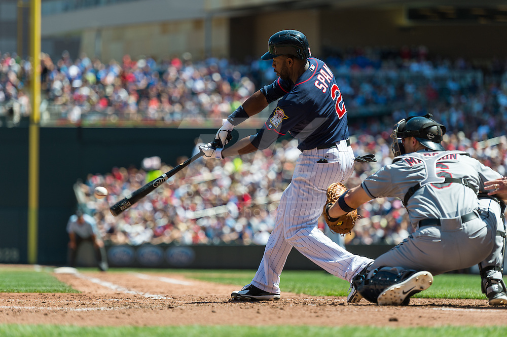 Minnesota Twins center fielder Denard Span bats against the Cleveland Indians at Target Field in Minneapolis, Minnesota on July 29, 2012.  The Twins defeated the Indians 5 to 1.  © 2012 Ben Krause