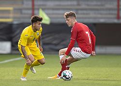 Vladyslav Dubinchak (Ukraine) og Andreas Olsen (Danmark) under U21 EM2021 Kvalifikationskampen mellem Danmark og Ukraine den 4. september 2020 på Aalborg Stadion (Foto: Claus Birch).