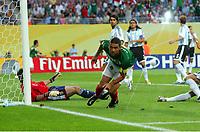 0:1  Tor Rafael Marquez Mexiko <br /> Fussball WM 2006 Achtelfinale Argentinien - Mexiko<br />  Argentina - Mexico<br /> Norway only