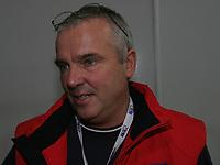 Skøyter , ISU , European Speed Skating Championships 2006 ,Hamar Olympic Hall , January 14-15 , 2006 .<br /> <br /> Problemer med ismaskina ,førte til utsettelse av 5000m lørdag. Her Jan Andersen , som forklarer.