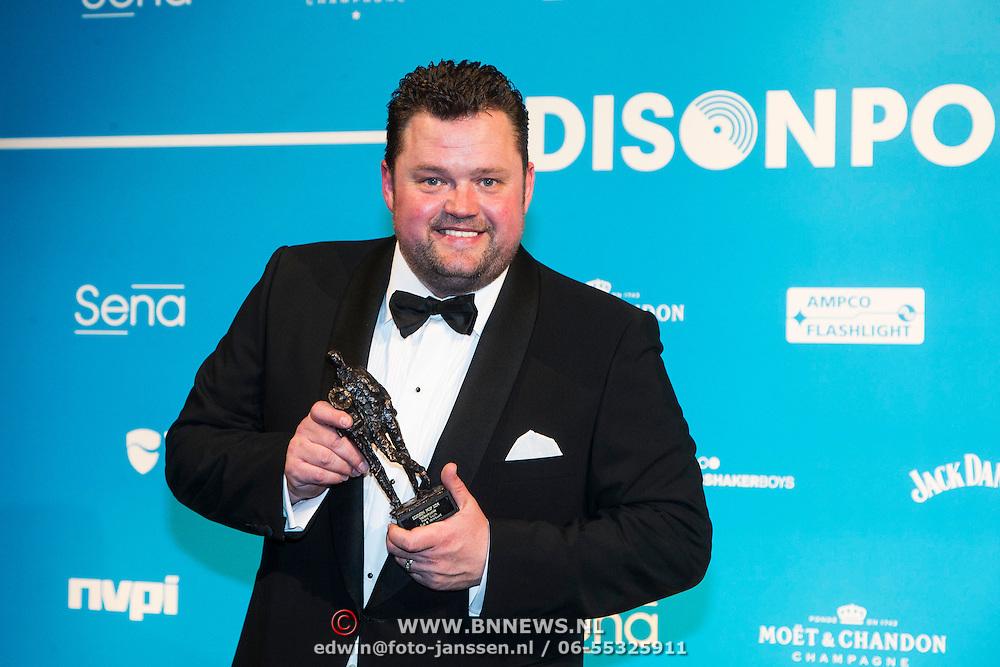 NLD/Amsterdam//20140331 - Uitreiking Edison Pop 2014, Frans Duijts met zijn award