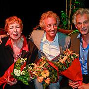 NLD/Amsterdam/20110520 - Lancering website tv programma Ja Zuster, Nee Zuster, Hetty Blok, Hans van Willigenburg met haar pianist