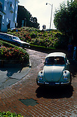 02520 Lombard St San Francisco California CA tourism travel car VW Volkswagen twisty turn squeeze