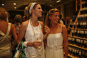 ALEXANDRA AITKEN AND ALEX GORE BROWNE, Party for House of Waris jewelry collection hosted by Daphne Guinness, Alice Bamford and Wes Anderson. Dover St. market. London. 8 June 2006. ONE TIME USE ONLY - DO NOT ARCHIVE  © Copyright Photograph by Dafydd Jones 66 Stockwell Park Rd. London SW9 0DA Tel 020 7733 0108 www.dafjones.com