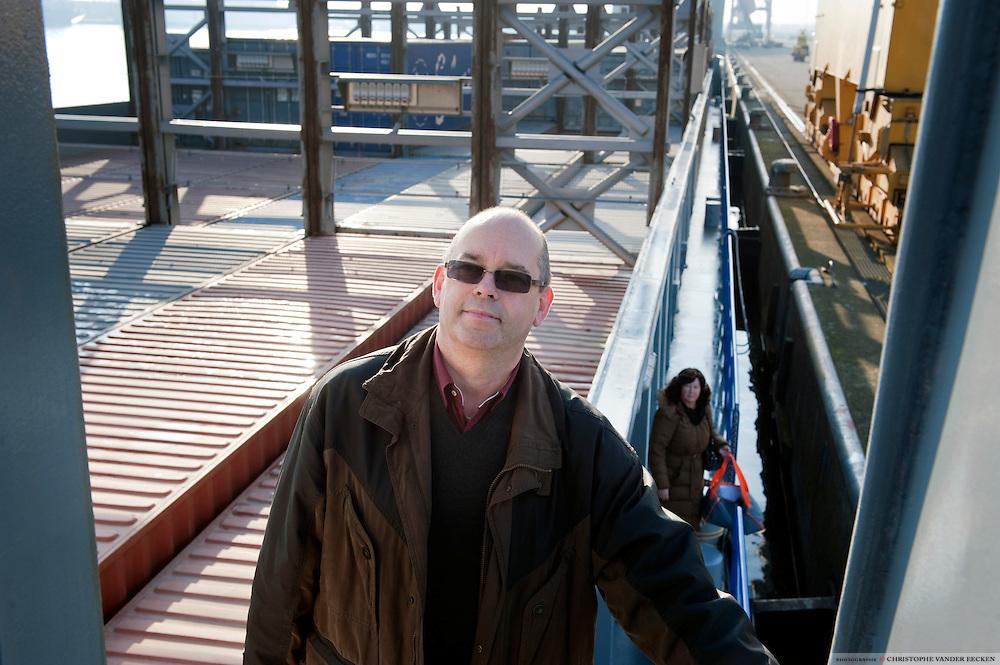 Antwerp, Belgium, Dec 01, 2009, Stefaan De Roeck en Tripoli. PHOTO©Christophe VANDER EECKEN