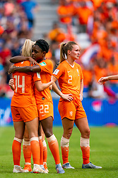 07-07-2019 FRA: Final USA - Netherlands, Lyon<br /> FIFA Women's World Cup France final match between United States of America and Netherlands at Parc Olympique Lyonnais. USA won 2-0 / Jackie Groenen #14 of the Netherlands, Liza van der Most #22 of the Netherlands, Desiree van Lunteren #2 of the Netherlands